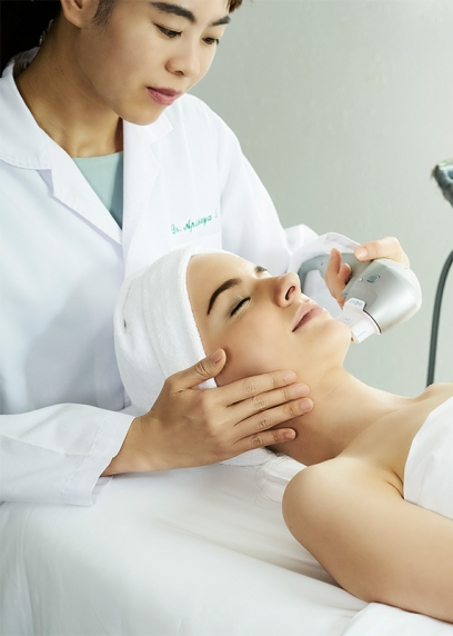 High intensity focused ultrasound treatment for facelifting and facial skin treatment at Chiva Som Hua Hin